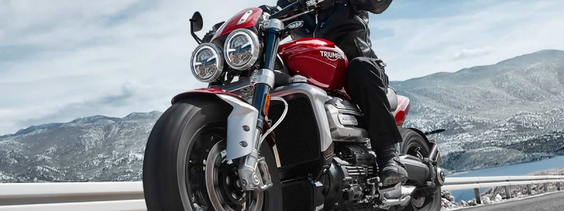 TRIUMPH ROCKET 3 R De ultieme Roadstar